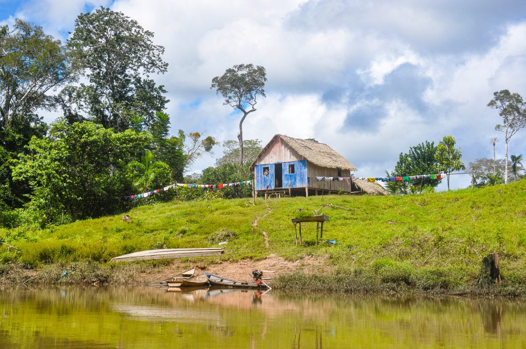 A house in the Envira Amazonia project.